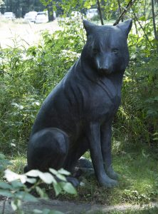 Mary Anne Barkhouse, Wolf, 1999, bronze, 105 x 70 x 60 cm,Purchased with the support of the Canada Council for the Arts Acquisition Assistance Program/Oeuvre achetée avec l'aide du programme d'aide aux acquisitions du Conseil des arts du Canada and funding from the Walter and Duncan Gordon Foundation, 2000.